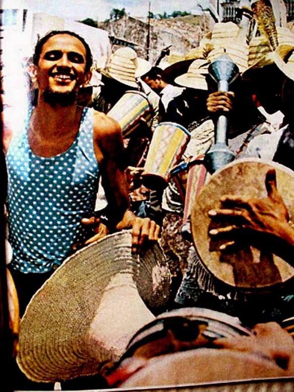 Caetano Veloso no carnaval da Bahia. Foto: Revista Realidade - Março de 1971