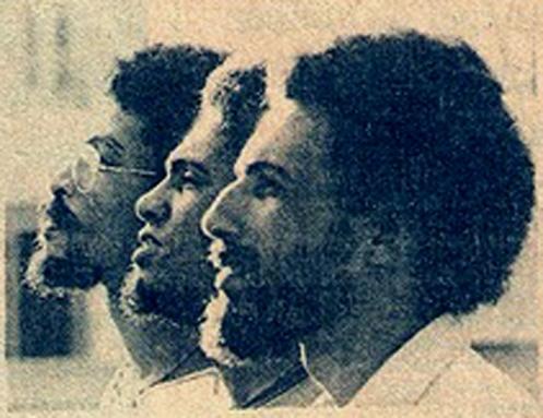 Na foto de 1976, Spírito Santo (de óculos) Lula Espírito Santo e Carlos Codó, o Grupo Vissungo seminal